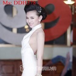 Đầm dạ hội thiết kế cổ yếm khoét eo và hở lưng sành điệu DDH378