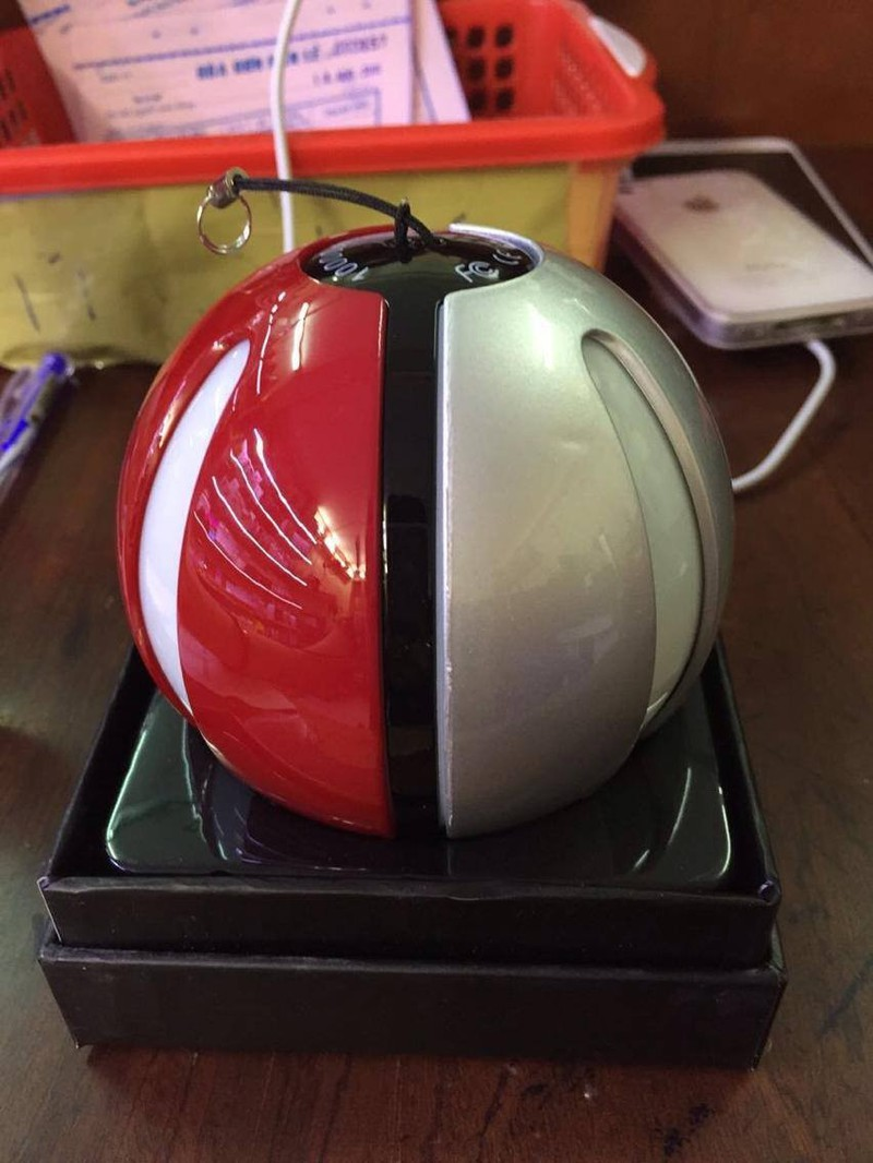 Pin dự phòng Pokeball - POKEMON MAGIC BALL POWER BANK 5