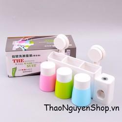 Bộ dụng cụ nhả kem đánh răng tự động đựng bàn chải kèm 3 cốc