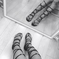 Giày sandal cột dây phong cách Hàn Quốc giá rẻ