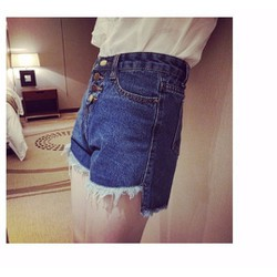 Quần short jean tua rua