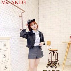 Áo khoác jean nữ dài tay màu đen phong cách mạnh mẽ AKJ33