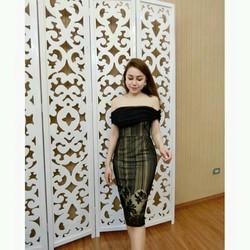 Đầm body bẹt vai phối lưới siêu xinh