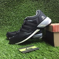 Giày thể thao Adidas. Boost - 3837