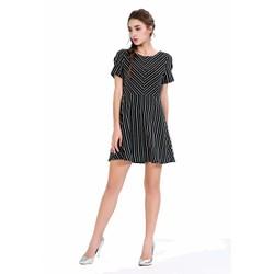 Đầm suông chất liệu polyester cao cấp thiết kế độc quyền bởi Ivinci