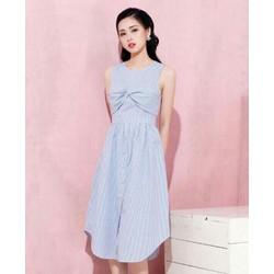Đầm dáng dài đơn giản