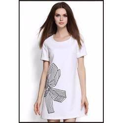 Đầm suông chất liệu tuyết mưa cao cấp thiết kế độc quyền bởi Ivinci