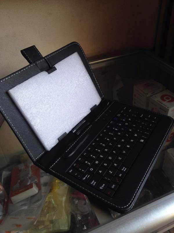 Bao da kèm bàn phím dành cho máy tính bảng 7 đến 8 inches 3