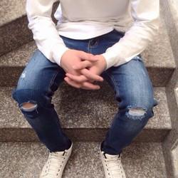 Quần Jean mới vê tiếp nhiều mẫu nhé chất jean co giãn cao cầp
