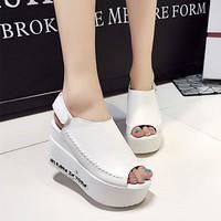 Giày sandal đế bánh mì G-562