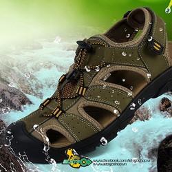 Giày sandals bít mũi đi rừng đi biển