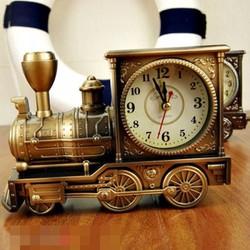 Đồng hồ để bàn hình đầu xe lửa cổ điển