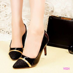 Giày cao gót mũi nhọn phối kim tuyến