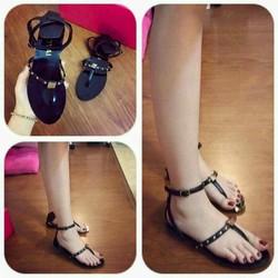 HÀNG NHẬP CAO CẤP - Giày sandal đinh tán
