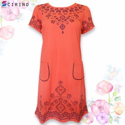 Đầm suông thêu họa tiết phối túi - Hồng Cam - CIRINO