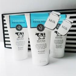 Sữa Rửa Mặt Whitening Q10 Facial Foam 100ml
