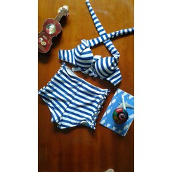 Bikini sọc xanh xinh xắn