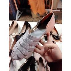 Giày nữ xinh đế thấp