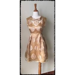 Đầm organza xòe