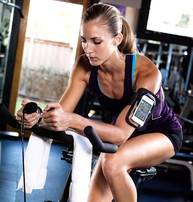 Đai đeo tay tập thể dục cho smartphone điện thoại iPhone 5.5 inch 15