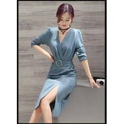 Đầm xẻ tay dài kèm dây nịt