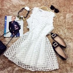 Đầm lưới áo pha ren