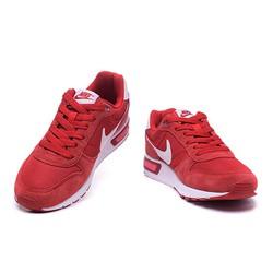 Giày thể thao đế cao tôn dáng đẹp mới
