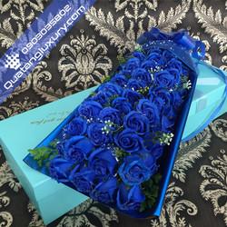 Hoa hồng sáp 52 bông xanh cao cấp