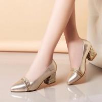 Giày gót vuông cách điệu kim tuyến - LN616