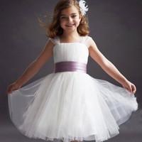 25-36kg. Đầm công chúa cao cấp kèm kẹp hoa đính lông vũ