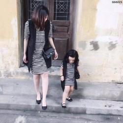 Set cặp đầm vest mẹ và bé