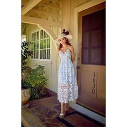 Đầm Maxi ren sò y hinh