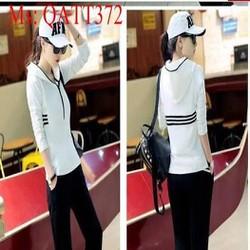 Sét thể thao nữ áo khoác dài tay có nón sọc 3 viền và quần dài QATT372