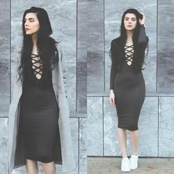 Đầm ôm đan dây ngực