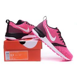 Giày thể thao nữ với bề mặt thoáng khí giúp bảo vệ đôi chân
