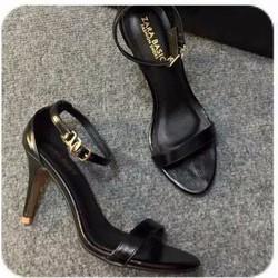 giày cao gót ngọc trinh