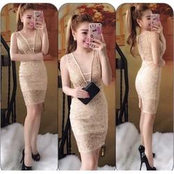 Đầm body ren thêu thiết kế