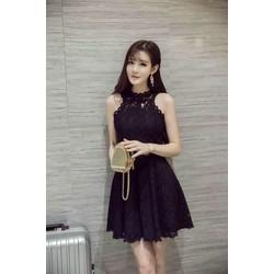 Đầm ren đen xoè khoét nách P