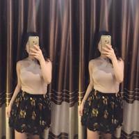 Chân váy hoa thái
