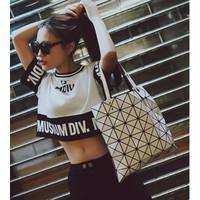 áo thun crop top musium div Mã: AX2893