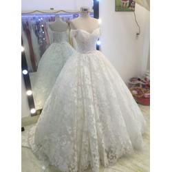 áo cưới tay ngang ren đuoi dai