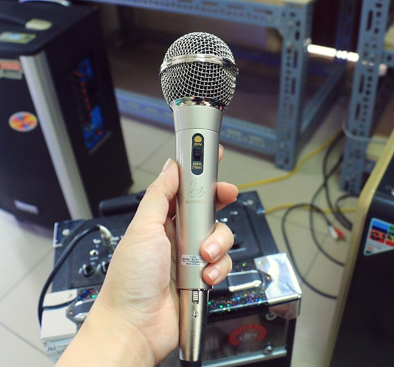 Microphone dây C.O.K E-701 Bạc 2