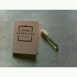 Nước hoa Vial nữ Cartier Baiser Vole