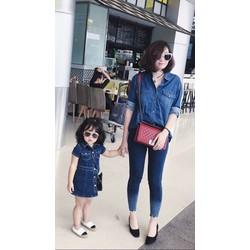 Set áo jean + đầm bé gái