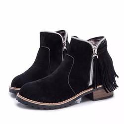 Giày boot nữ cổ ngắn, da lộn có rua cá tính BT223D - Doni86