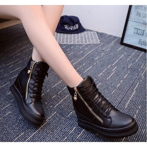 Giày boot nữ cổ cao đế độn cá tính B042D - 4060844 , 4002566 , 15_4002566 , 360000 , Giay-boot-nu-co-cao-de-don-ca-tinh-B042D-15_4002566 , sendo.vn , Giày boot nữ cổ cao đế độn cá tính B042D
