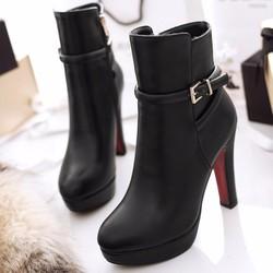 Giày boot nữ cổ cao phong cách cá tính B046