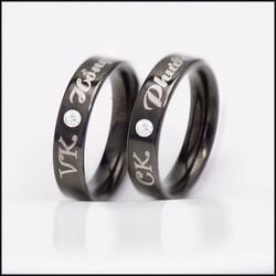 Nhẫn cặp ti tan mạ đen khắc tên theo yêu cầu - NP203