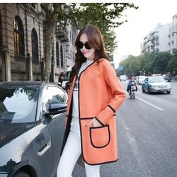 Áo khoác nữ hai túi viền đen