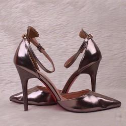 giầy cao gót louboutin
